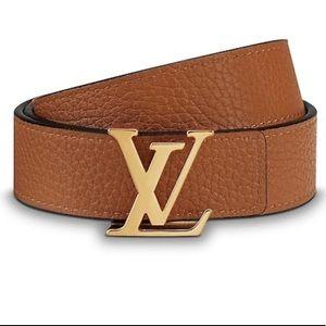 Louis Vuitton Accessories - Louis Vuitton reversible belt